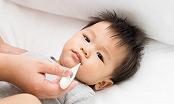 Làm thế nào để hạ sốt đúng cách cho trẻ?