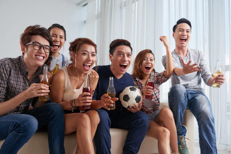 10 món ăn nhâm nhi xem bóng đá ngon khó cưỡng