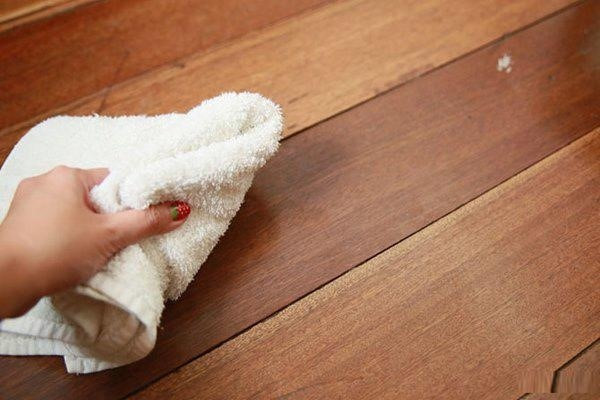 10 Mẹo Đặc Trị Hiện Tượng Nồm Ẩm Trong Nhà