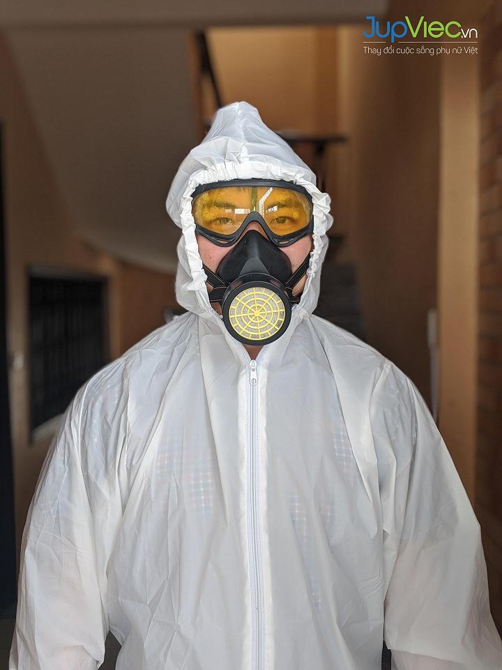Ca làm phun khử khuẩn thực tế của JupViec tại nhà Khách hàng