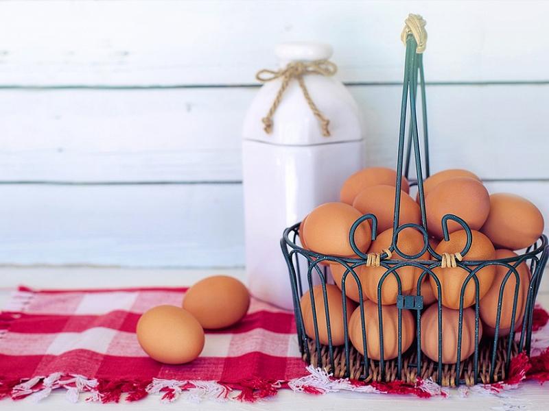 6 loại thực phẩm không nên quay trong lò vi sóng: Trứng