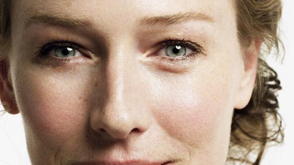7 dấu hiệu lạ của mắt cảnh báo sức khỏe gia đình bạn đang gặp vấn đề: Xuất hiện bọng mắt