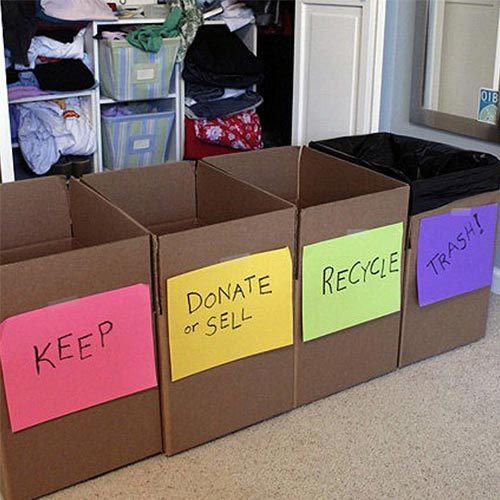 Những hộp phân biệt loại đồ dùng có cần thiết nữa không khi tổng vệ sinh nhà.